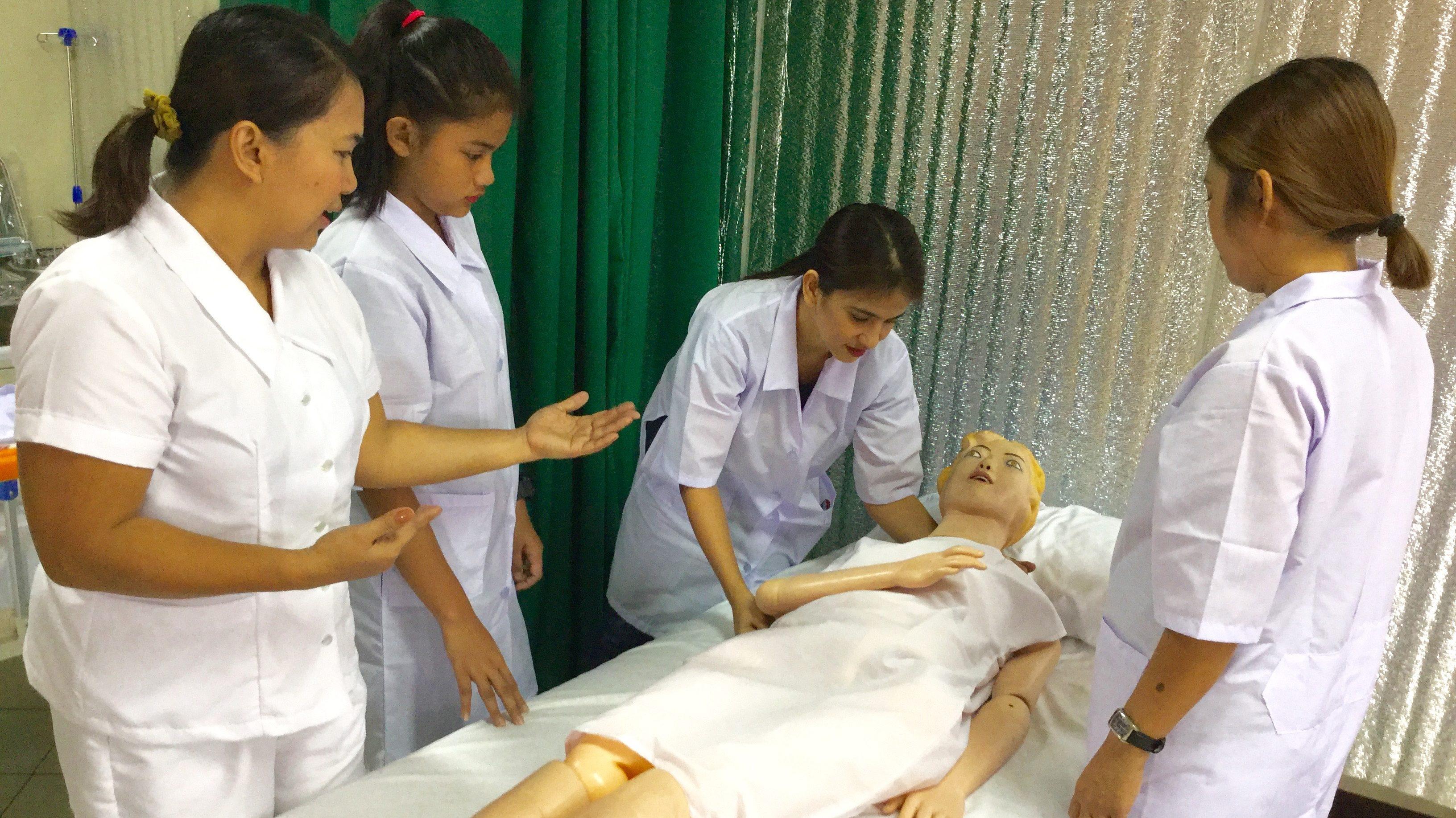 フィリピンの介護